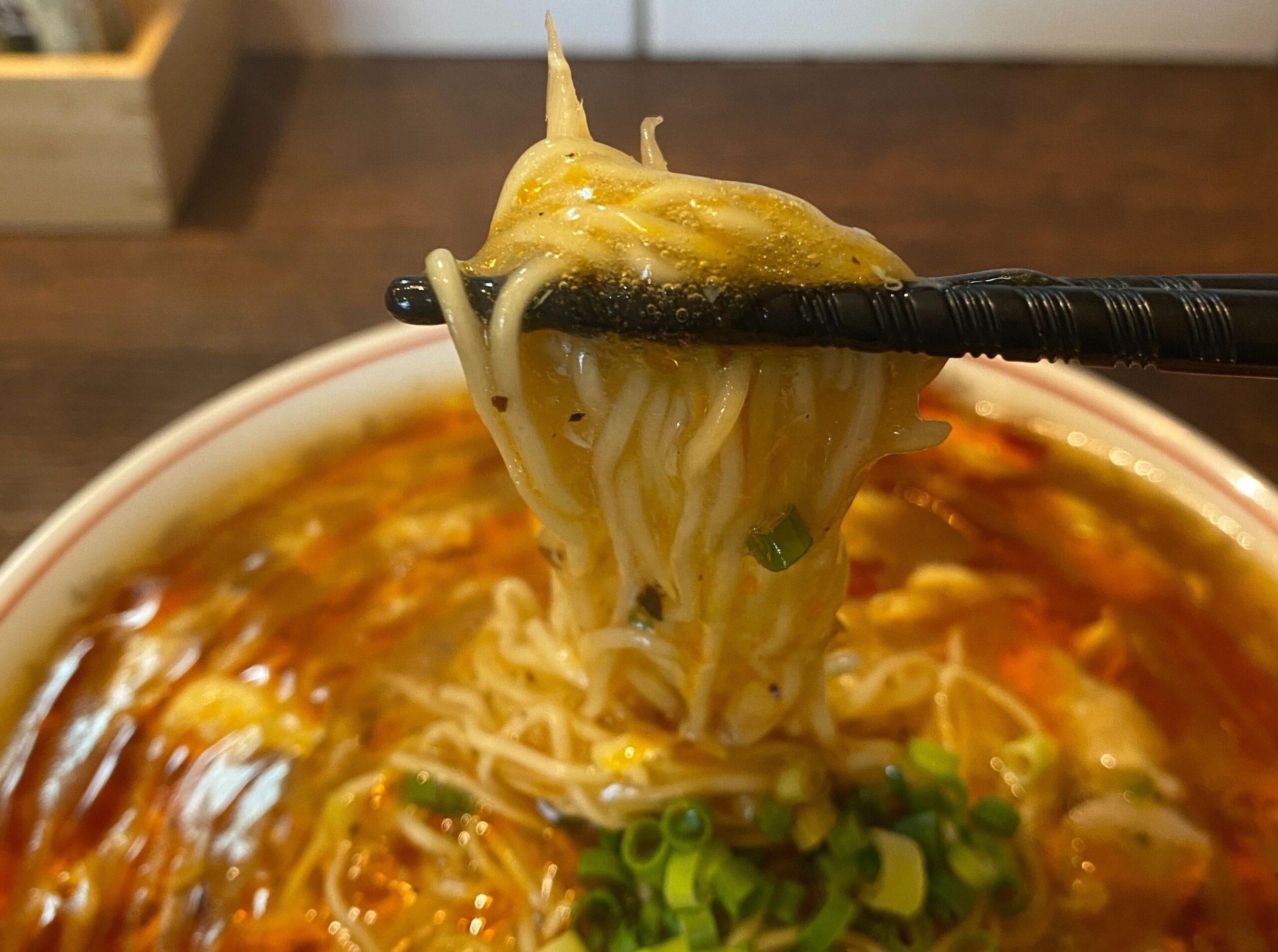 ヌードルスタンドシュラ酸辣湯麺